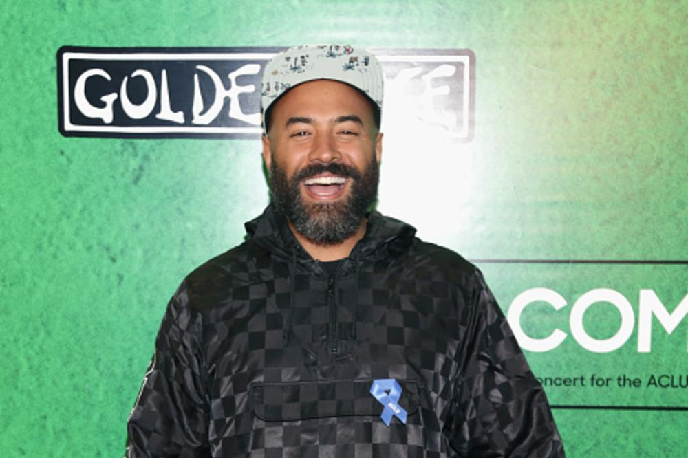 ebro personals Ebro has moments of clarity where he actually puts out great insight but most of the time he comes off like a hating ass fool 6ix9ine is a troll but as a person i respect him, especially because of how much charity he gives to both his own nyc community as well as the poor in third world countries.