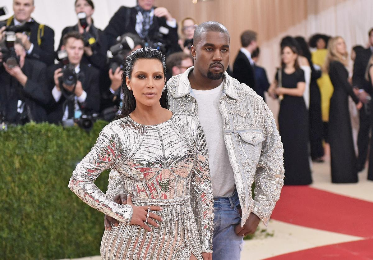 Kim Kardashian (L) and Kanye West attend the 'Manus x Machina: Fashion In An Age Of Technology' Costume Institute Gala at Metropolitan Museum of Art on May 2, 2016 in New York City.