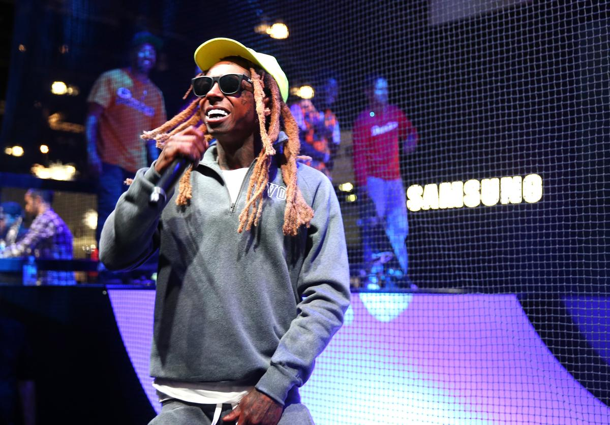 Rapper Lil Wayne performs onstage at the Samsung booth at E3 Expo 2016 on June 15, 2016 in Los Angeles, California.