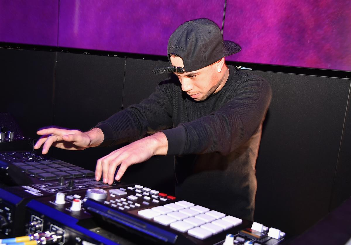AraabMuzik performs at the SoundCloud Artist Forum Afterparty at Samsung 837 on November 16, 2016 in New York City