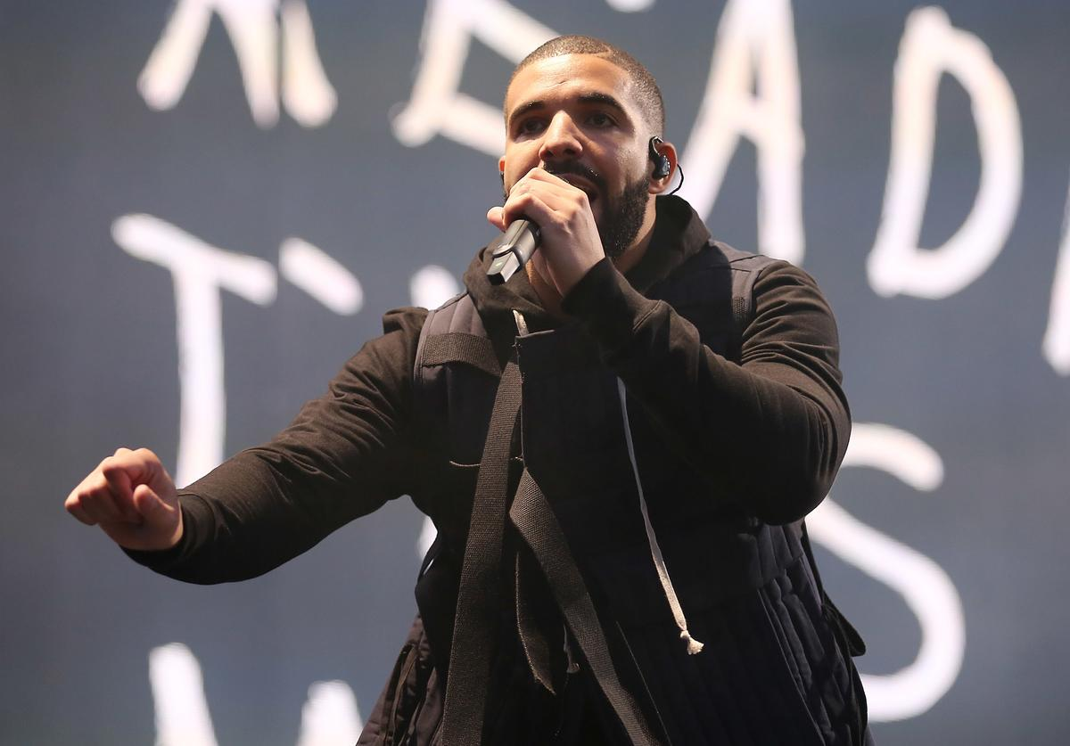 Drake performs on day 1 of the New Look Wireless Festival at Finsbury Park on July 3, 2015 in London, England