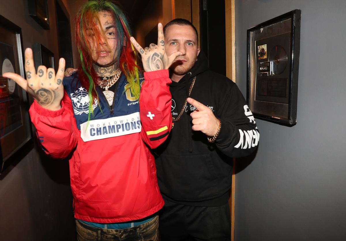 Tekashi Ganged up