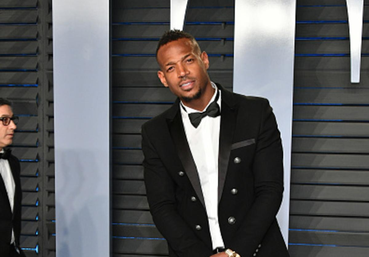 Marlon Wayans attends the 2018 Vanity Fair Oscar Party hosted by Radhika Jones at Wallis Annenberg Center for the Performing Arts on March 4, 2018 in Beverly Hills, California.