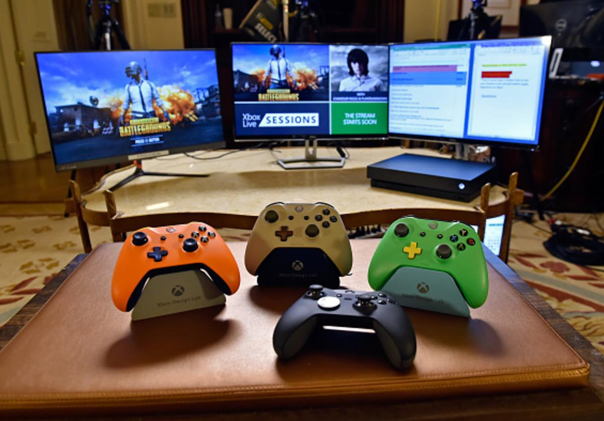 Microsoft Xbox One Elite Controller (2nd R) and Xbox Design Lab controllers are displayed during an Xbox Live Sessions with Chandler Riggs for PUBG on February 22, 2018 in Las Vegas, Nevada.