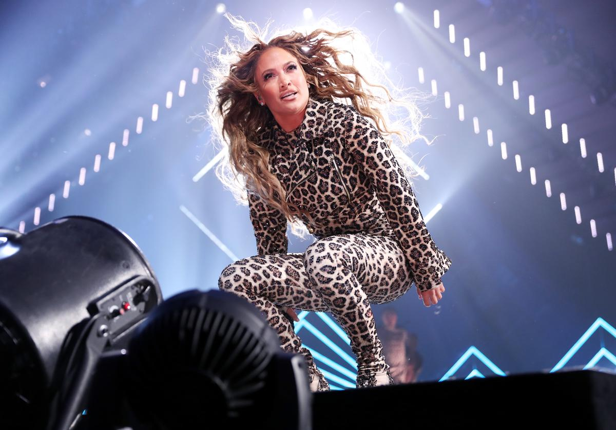 Jennifer Lopez performs onstage during the 2018 DIRECTV NOW Super Saturday Night Concert at NOMADIC LIVE! at The Armory on February 3, 2018 in Minneapolis, Minnesota