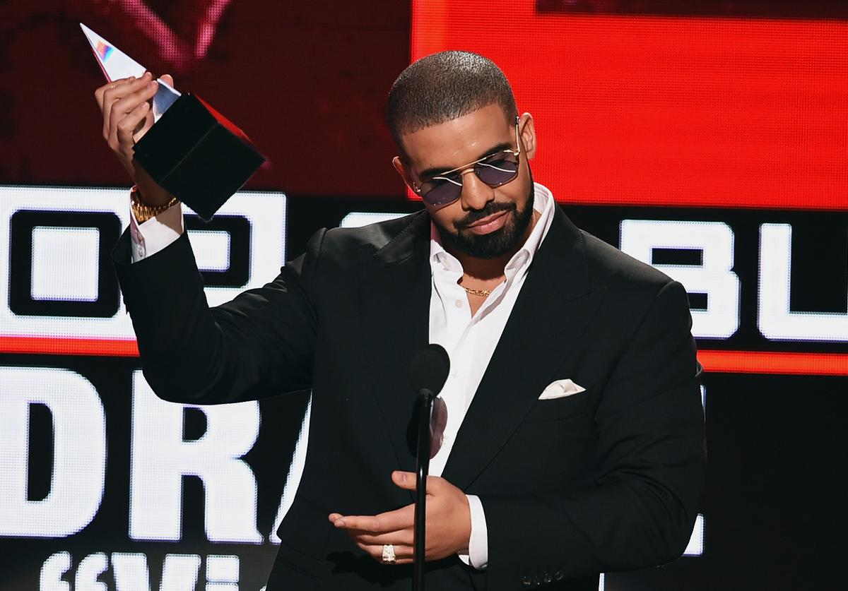 Rapper Drake accepts Favorite Rap/Hip-Hop Album for 'Views' onstage during the 2016 American Music Awards at Microsoft Theater on November 20, 2016 in Los Angeles, California.