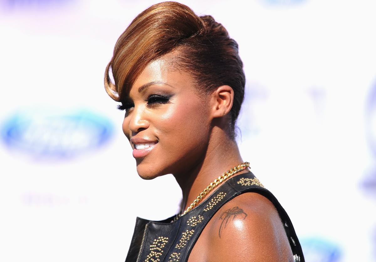 Rapper Eve arrives at the BET Awards '11 held at the Shrine Auditorium on June 26, 2011 in Los Angeles, California.