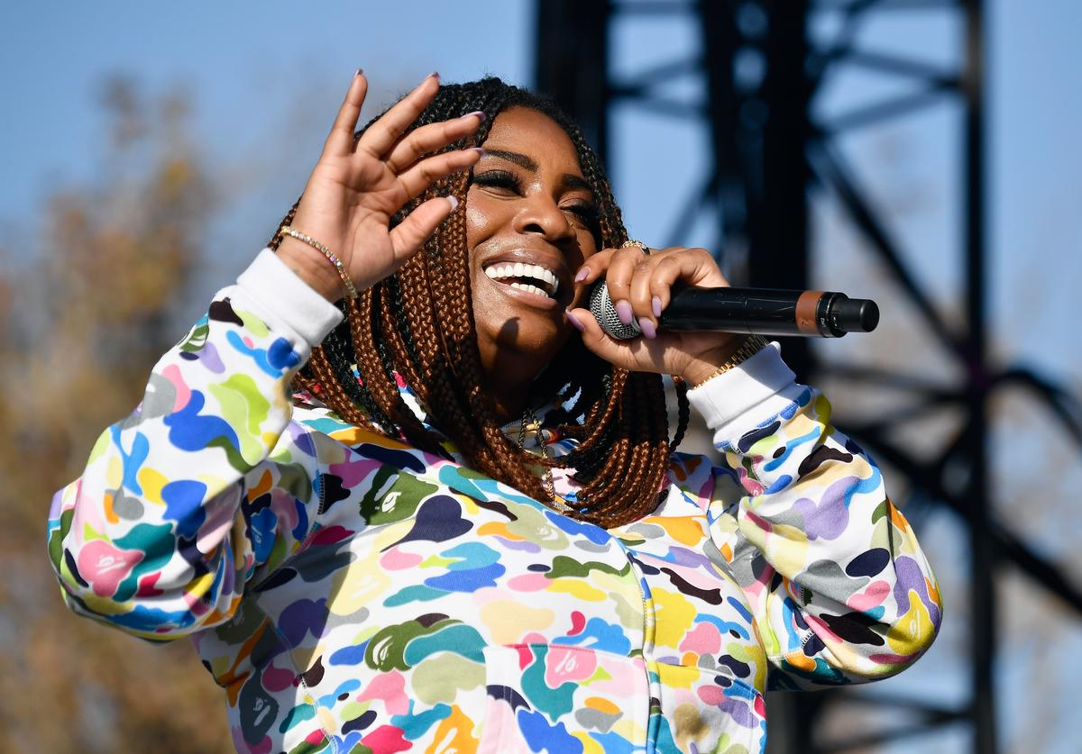 Kamaiyah performs on the Flog Stage during day 1 of Camp Flog Gnaw Carnival 2017 at Exposition Park on October 28, 2017 in Los Angeles, California.