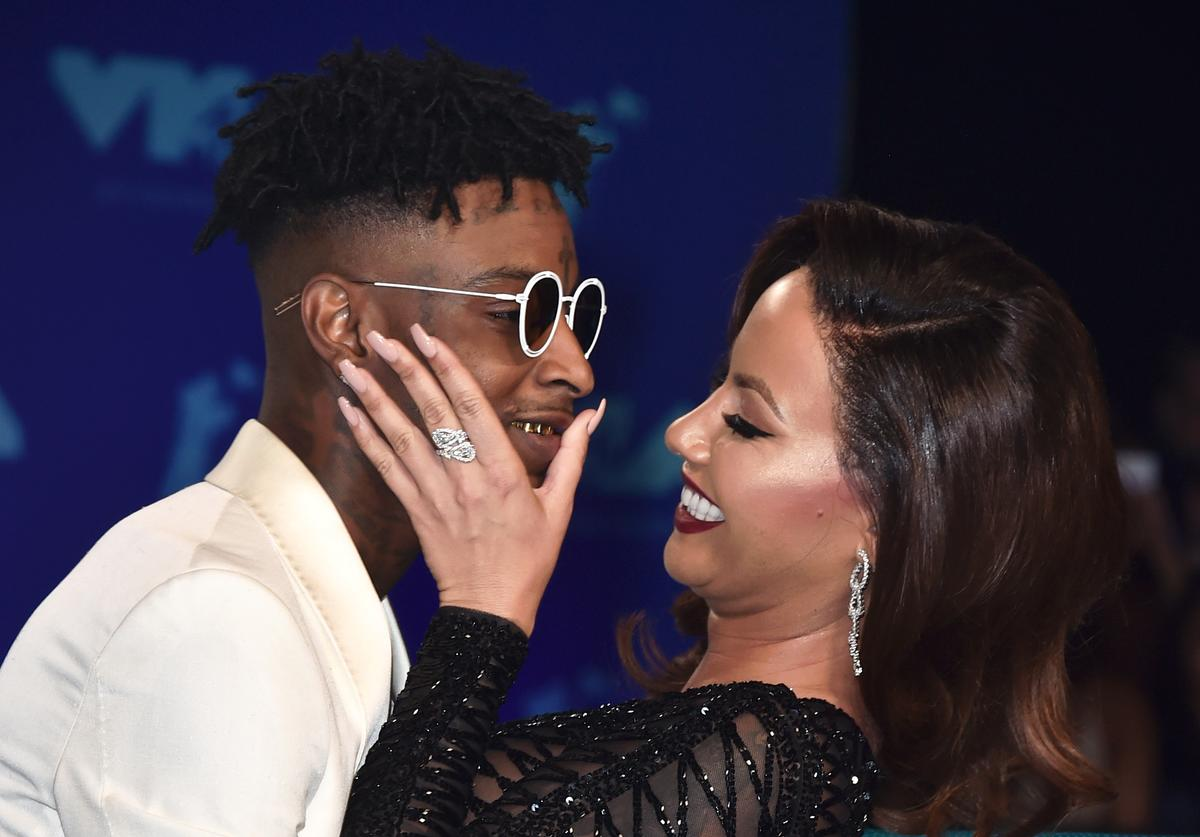 21 Savage (L) and Amber Rose attend the 2017 MTV Video Music Awards at The Forum on August 27, 2017 in Inglewood, California