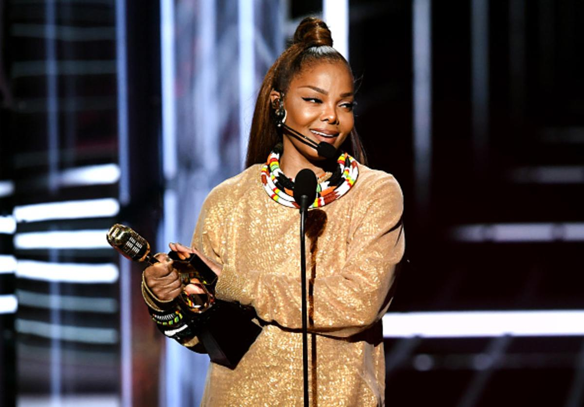 Honoree Janet Jackson accepts the Icon Award onstage during the 2018 Billboard Music Awards at MGM Grand Garden Arena on May 20, 2018 in Las Vegas, Nevada