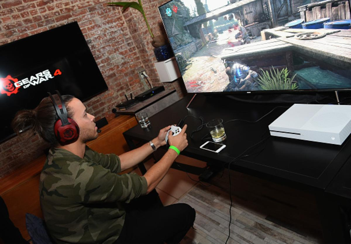 Prince Royce attends the Xbox & Gears Of War 4 New York launch event at The Microsoft Loft on October 7, 2016 in New York City.
