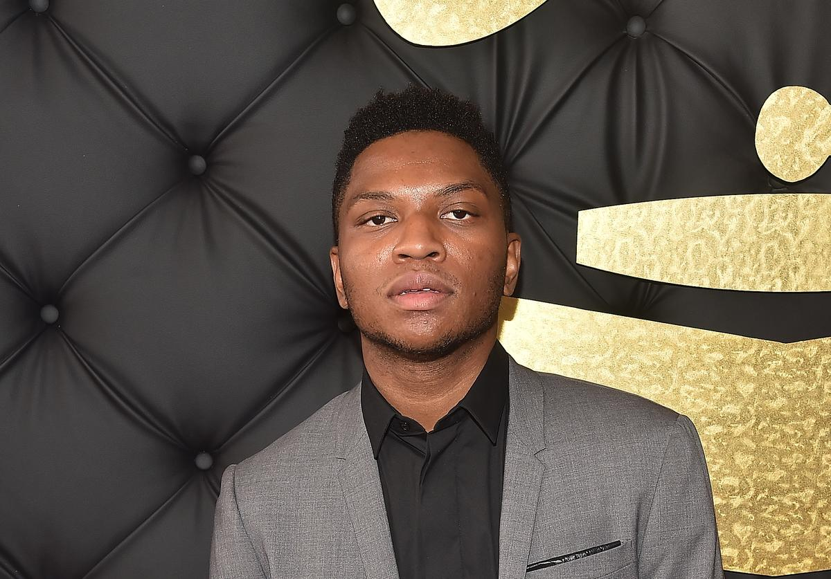 Singer Gallant attends The 59th GRAMMY Awards at STAPLES Center on February 12, 2017 in Los Angeles, California.