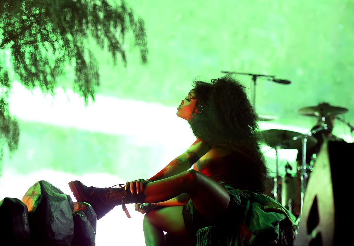 SZA performs onstage during the 2018 Coachella Valley Music And Arts Festival at the Empire Polo Field on April 20, 2018 in Indio, California.