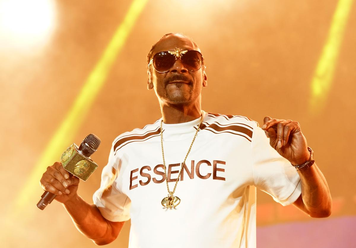 Snoop Dogg performs onstage during the 2018 Essence Festival presented By Coca-Cola - Day 1 at Louisiana Superdome on July 6, 2018 in New Orleans, Louisian