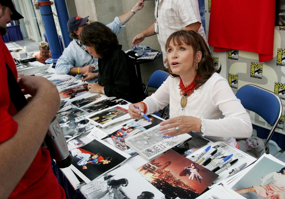 Actress Margot Kidder signs autographs at Comic Con International July 14, 2005 in San Diego, California. Comic Con is the largest comic convention in the world and features comic vendors, game and movie premieres, celebrity autograph signings, portfolio reviews.