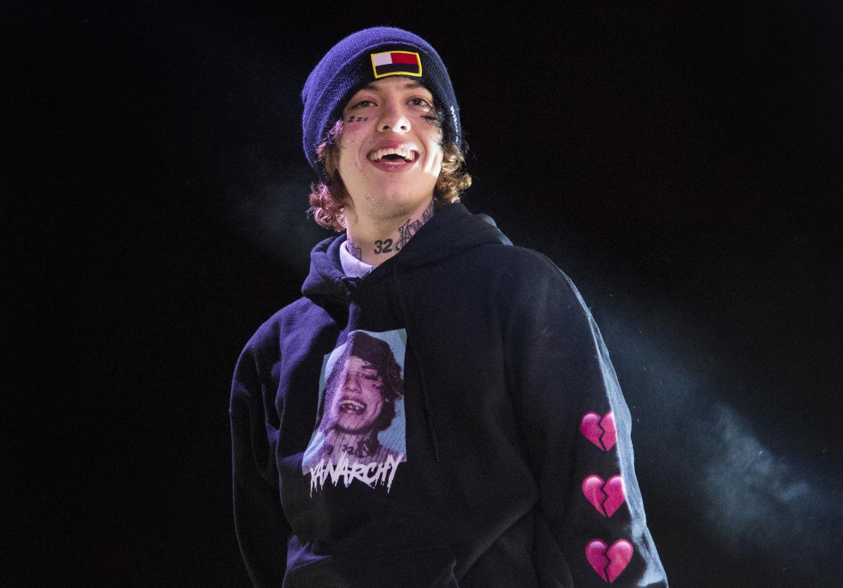 Lil Xan performs during BUKU Music + Art Project at Mardi Gras World on March 9, 2018 in New Orleans, Louisiana.