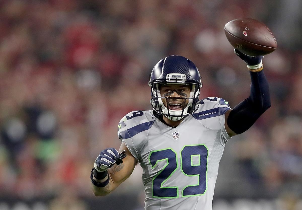 Free safety Earl Thomas #29 of the Seattle Seahawks reacts during the NFL game against the Arizona Cardinals at the University of Phoenix Stadium on October 23, 2016 in Glendale, Arizona.