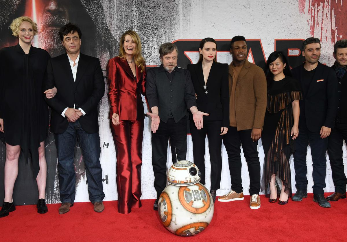 Gwendoline Christie, Benicio Del Toro, Laura Dern, Mark Hamill, Daisy Ridley, John Boyega, Kelly Marie Tran, Oscar Isaac and Andy Serkis during the 'Star Wars: The Last Jedi' photocall at Corinthia Hotel London on December 13, 2017 in London, England.