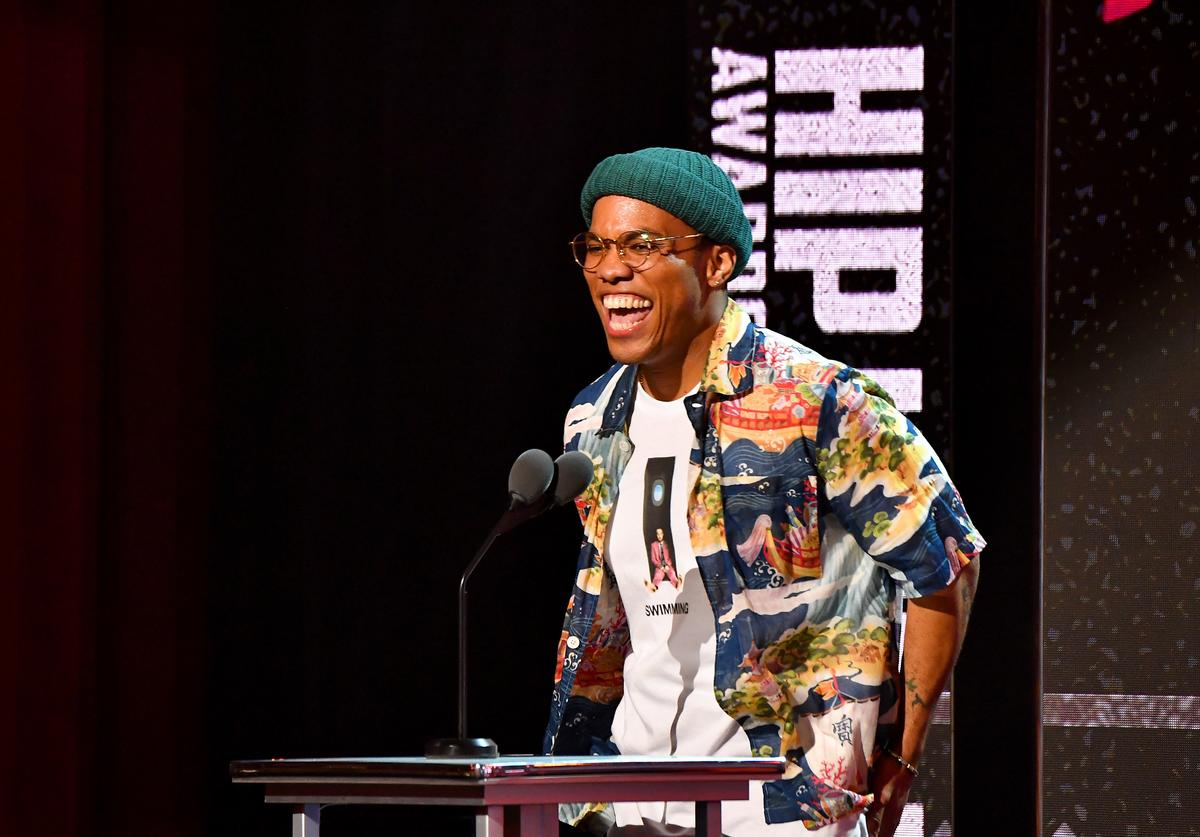 Anderson .Paak spekas onstage during the BET Hip Hop Awards 2018 at Fillmore Miami Beach on October 6, 2018 in Miami Beach, Florida.