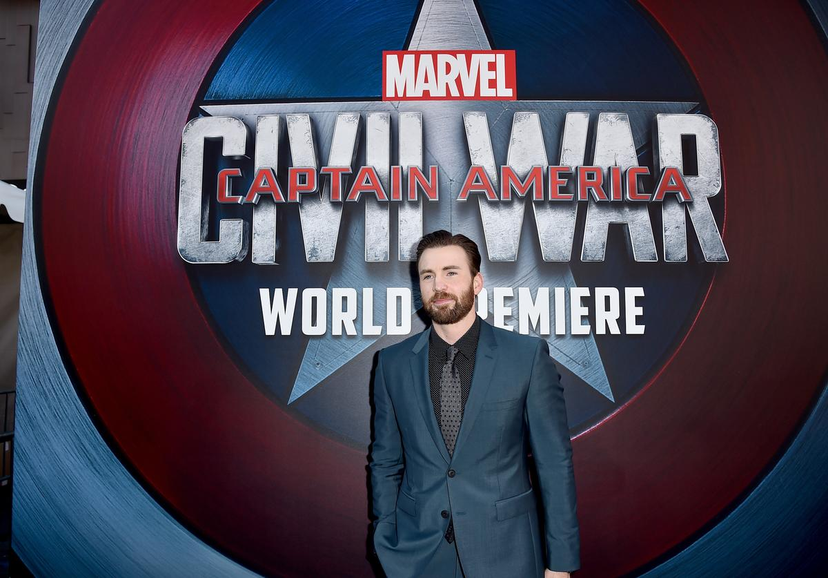 Actor Chris Evans attends the premiere of Marvel's 'Captain America: Civil War' at Dolby Theatre on April 12, 2016 in Los Angeles, California.