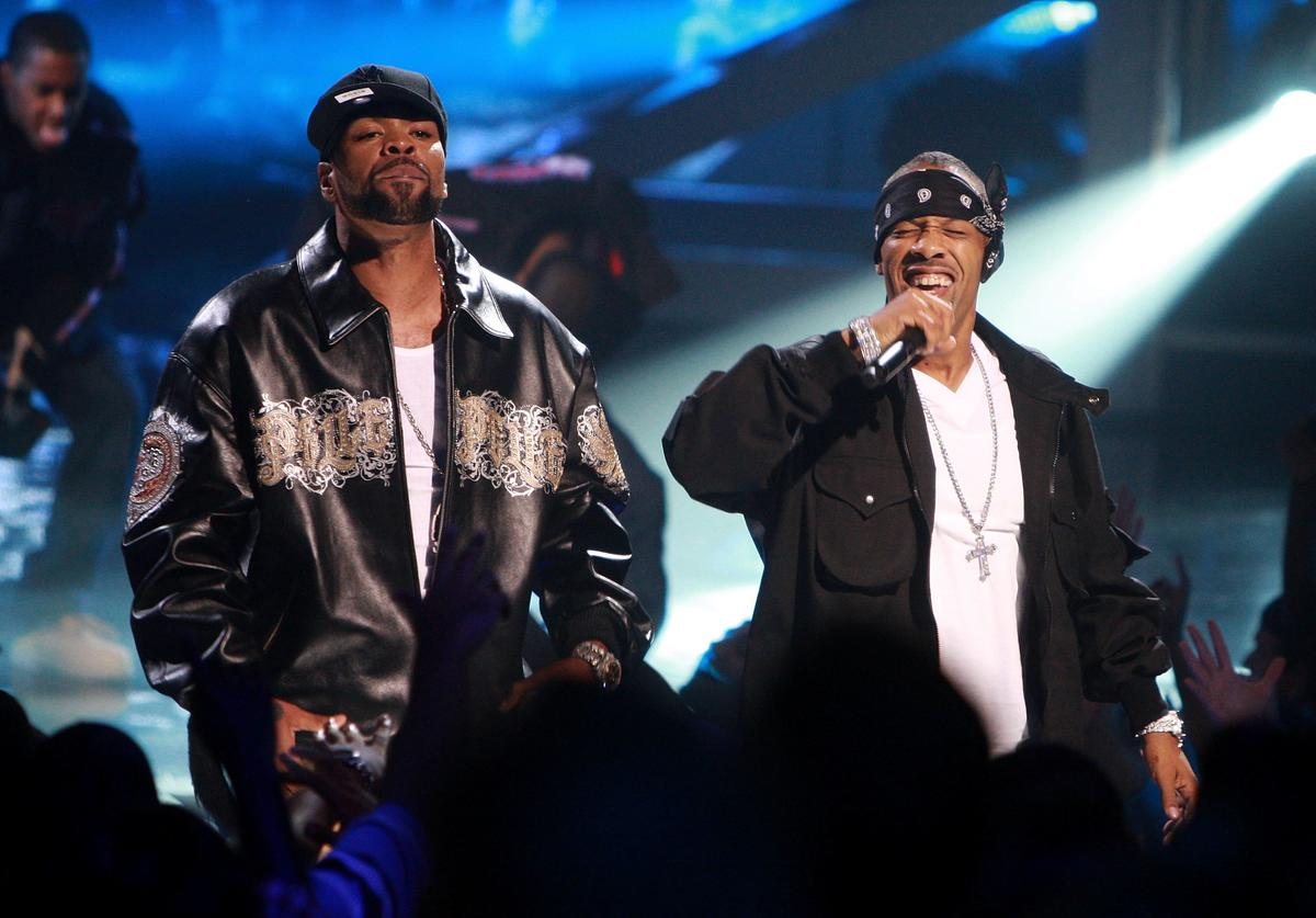 Rappers Method Man (L) and Redman perform onstage at the 2009 VH1 Hip Hop Honors at the Brooklyn Academy of Music on September 23, 2009 in the Brooklyn borough of New York City.