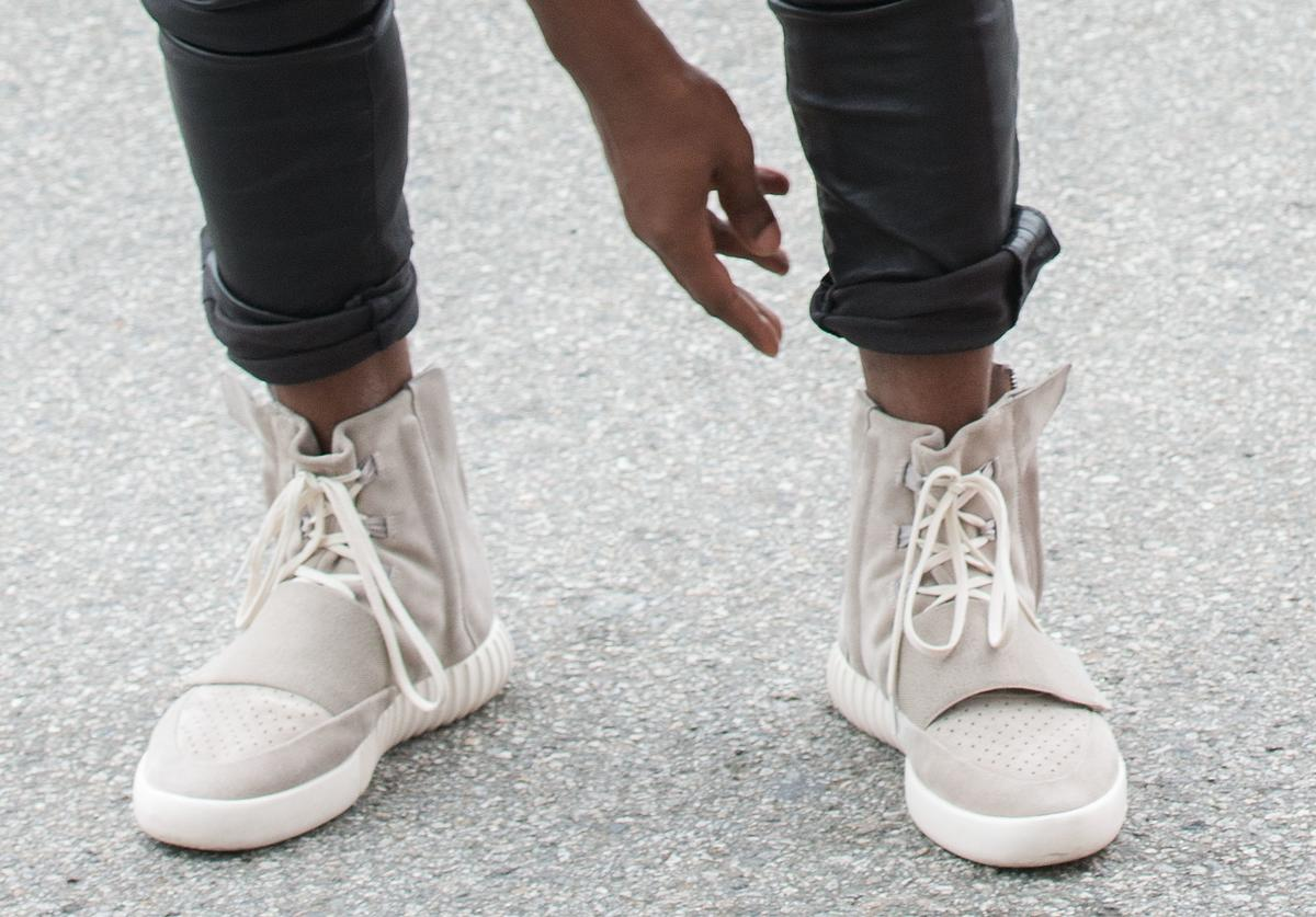 Kanye West, speculated to be wearing the Yeezy 3 sneakers 'Yeezy 750 Boost', arrives at the Roc Nation Pre-GRAMMY Brunch on February 7, 2015 in Beverly Hills, California.