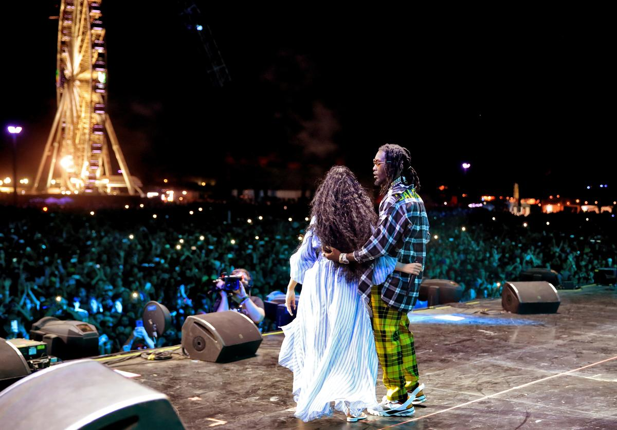 Cardi B (L) and Offset of Migos perform onstage during the 2018 Coachella Valley Music And Arts Festival at the Empire Polo Field on April 22, 2018 in Indio, California