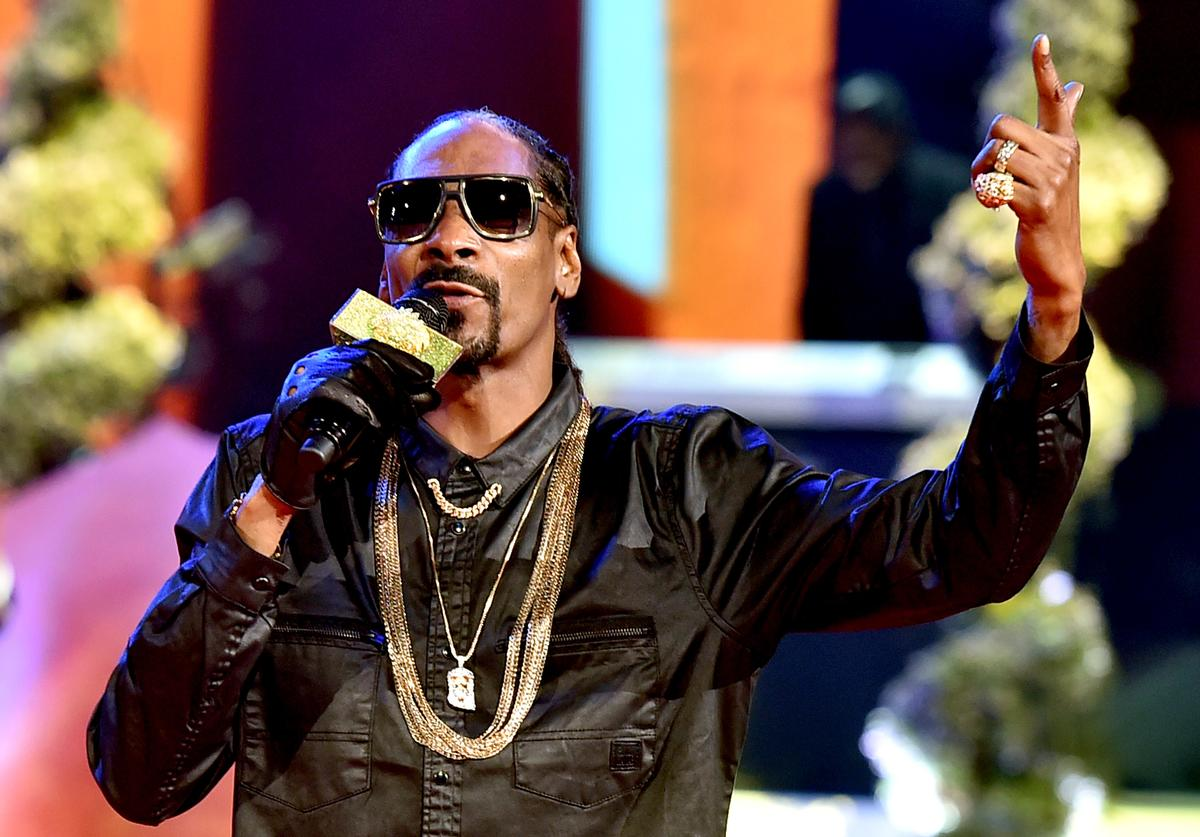 Snoop Dogg performs onstage during the 2015 iHeartRadio Music Awards which broadcasted live on NBC from The Shrine Auditorium on March 29, 2015 in Los Angeles, California
