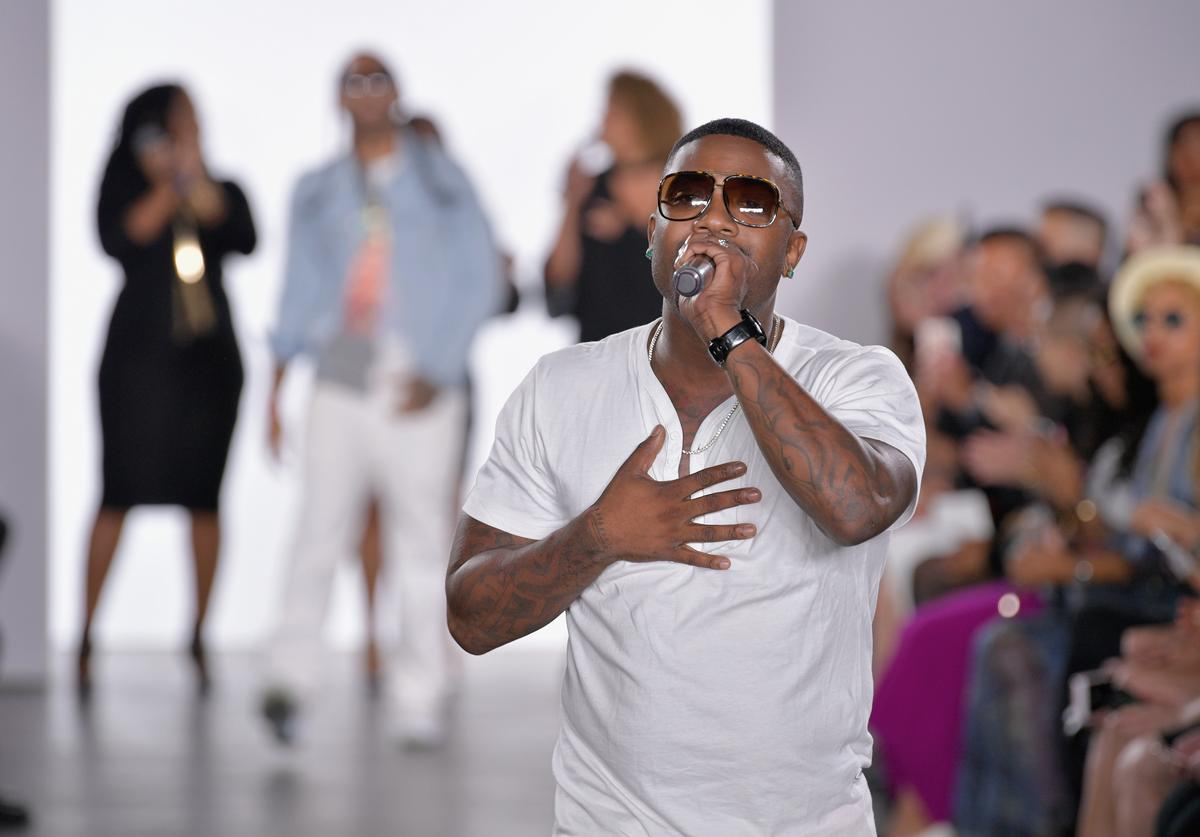 Ray J performs on the runway for Galtiscopio - Runway - September 2017 during New York Fashion Week at The Gallery at The Dream Downtown Hotel on September 8, 2017 in New York City