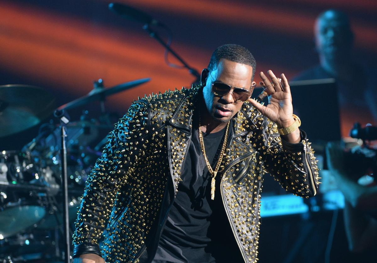R. Kelly performs onstage during R. Kelly, New Edition and The Jacksons at the 2013 BET Experience at Staples Center on June 30, 2013 in Los Angeles, California.