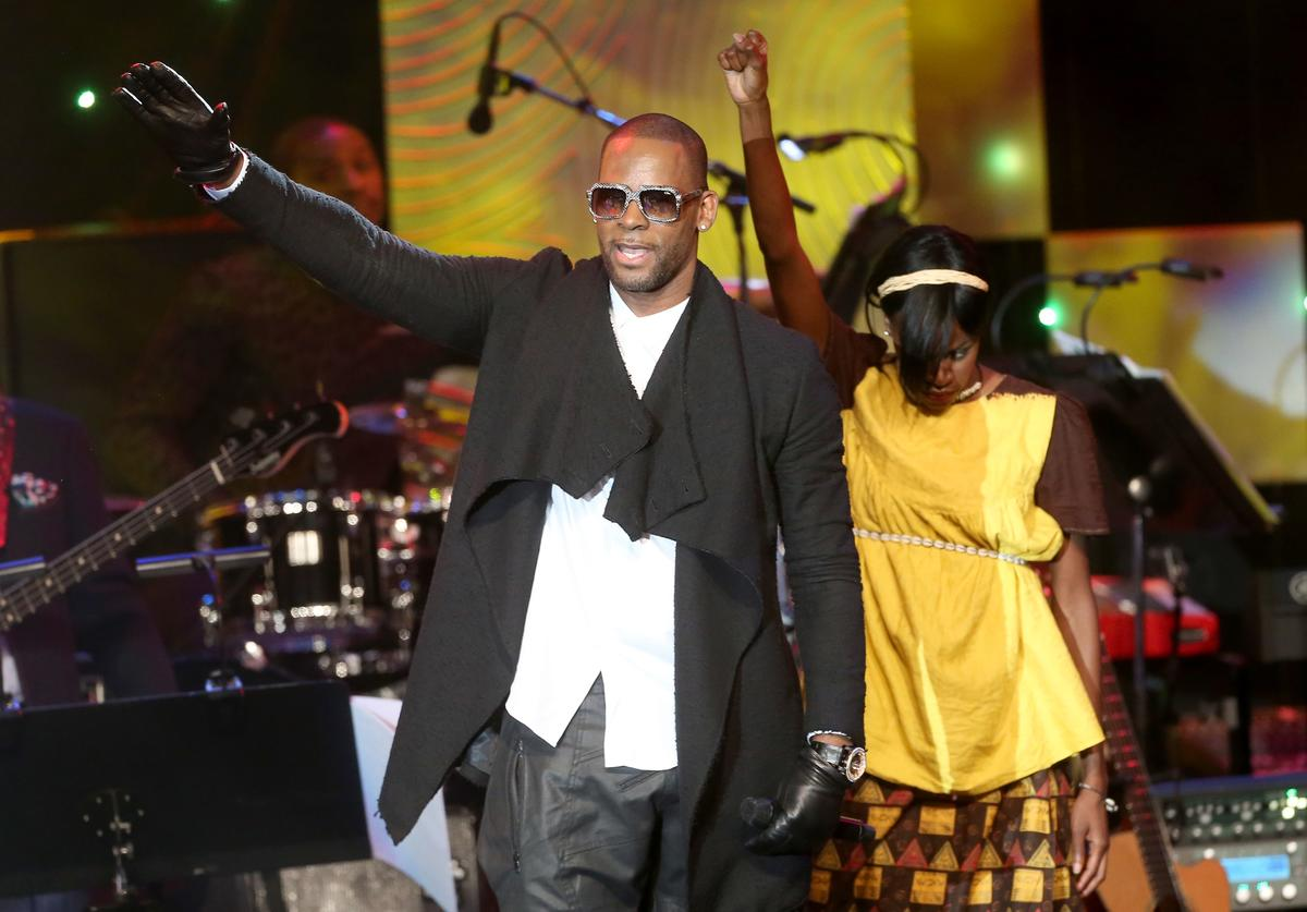 Recording artist R. Kelly performs onstage during the 56th annual GRAMMY Awards Pre-GRAMMY Gala and Salute to Industry Icons honoring Lucian Grainge at The Beverly Hilton on January 25, 2014 in Beverly Hills, California.