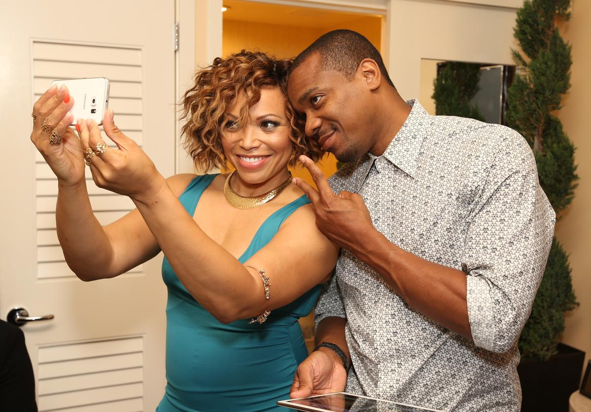 : Actress Tisha Campbell-Martin (L) of ABC's 'Dr. Ken' and actor Duane Martin attend the Getty Images Portrait Studio powered by Samsung Galaxy at 2015 Summer TCA's at The Beverly Hilton Hotel on August 4, 2015 in Beverly Hills, California.