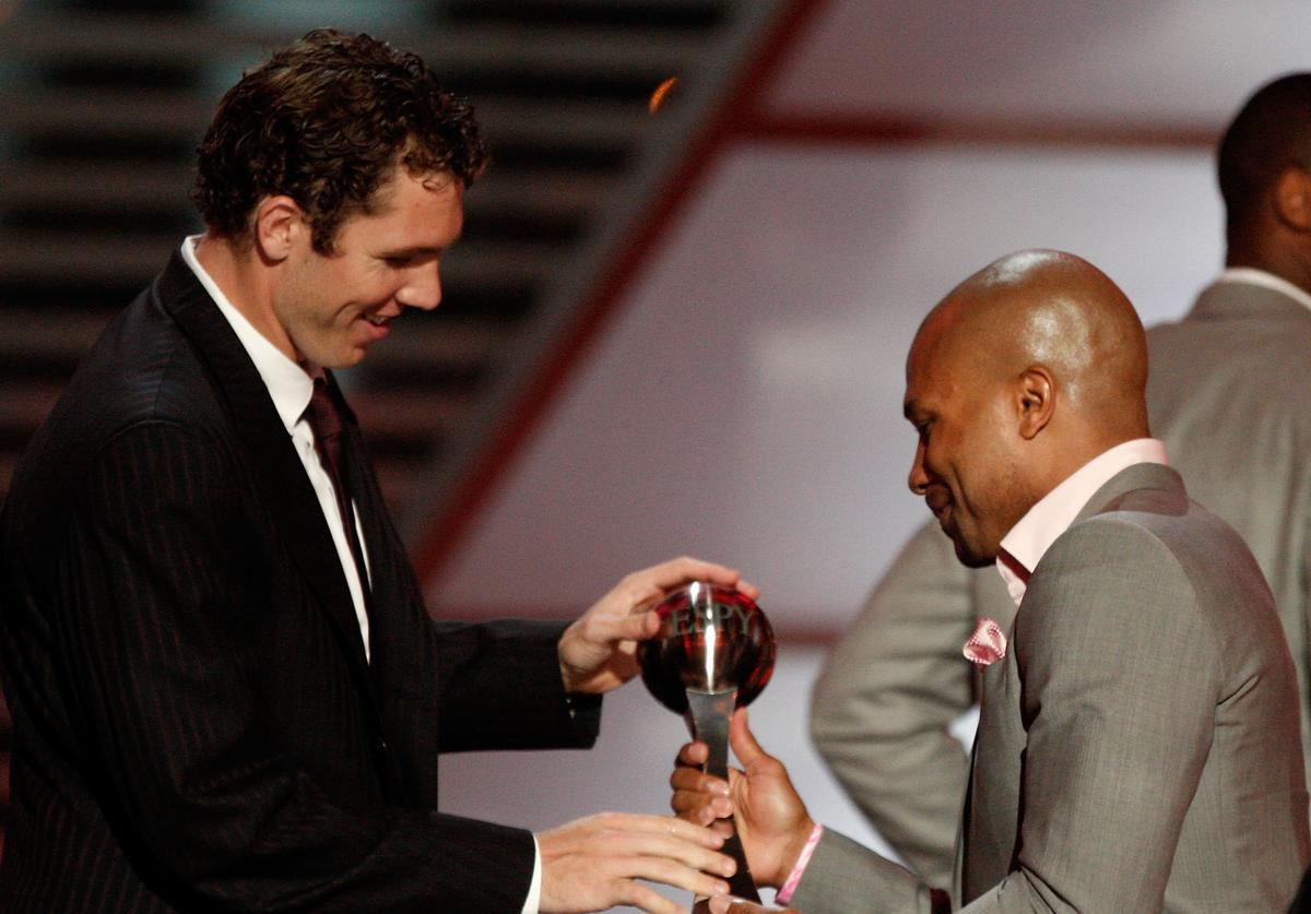 Luke Walton and Derek Fisher