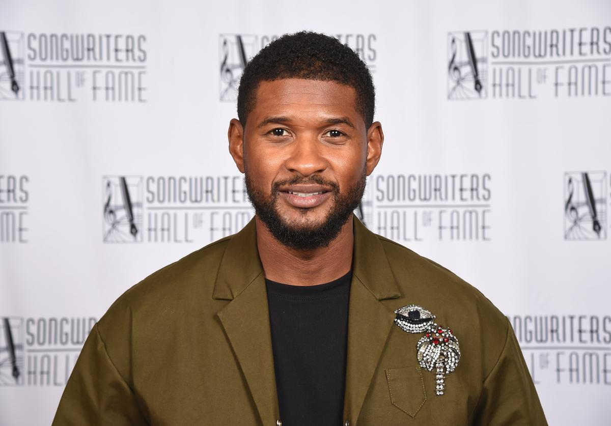 Recording artist Usher Raymond poses backstage during the Songwriters Hall of Fame 49th Annual Induction and Awards Dinner at New York Marriott Marquis Hotel on June 14, 2018 in New York City.