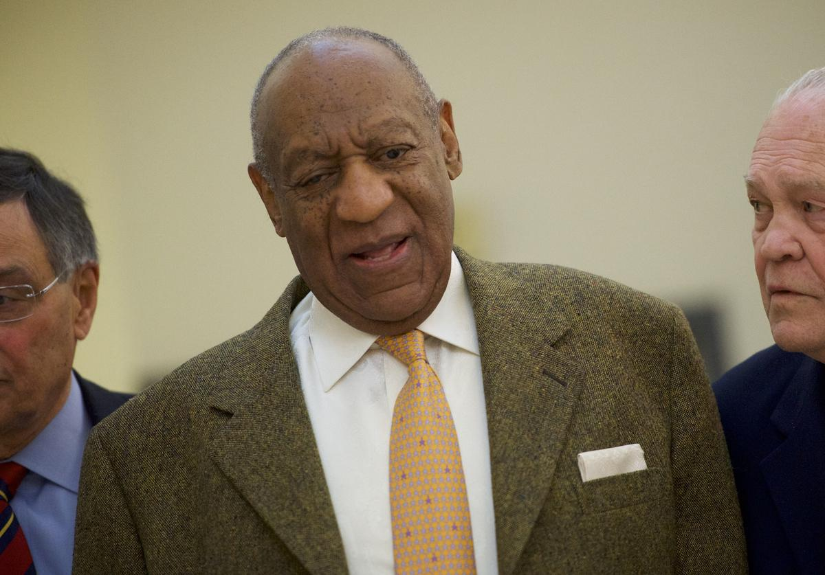 Bill Cosby walks towards the courtroom after a break in the Montgomery County Courthouse on the fourth day of his sexual assault retrial on April 12, 2018 in Norristown, Pennsylvania. A former Temple University employee alleges that the entertainer drugged and molested her in 2004 at his home in suburban Philadelphia. More than 40 women have accused the 80 year old entertainer of sexual assault.
