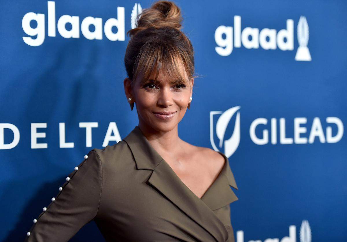 Halle Berry attends the 29th Annual GLAAD Media Awards at The Beverly Hilton Hotel on April 12, 2018 in Beverly Hills, California