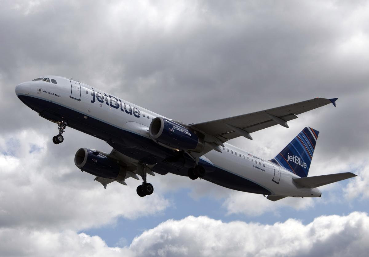 A JetBlue plane is seen at John F. Kennedy International Airport April 27, 2012 in the Queens borough of New York City.