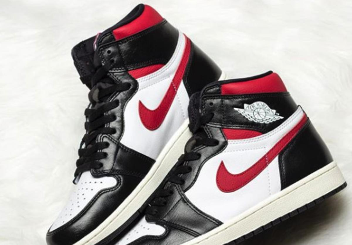 "Air Jordan 1 High OG ""Gym Red"""