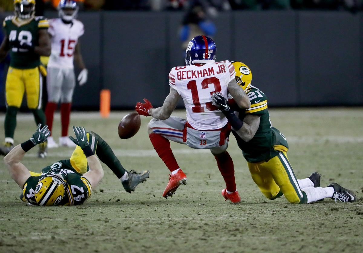 Odell Beckham Jr. playing against Green Bay Packers during 2016 playoffs.