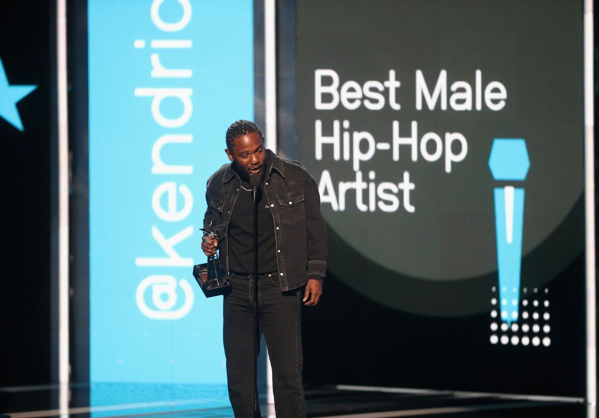 Kendrick Lamar accepts the Best Male Hip Hop Artist award onstage at 2017 BET Awards at Microsoft Theater on June 25, 2017 in Los Angeles, California