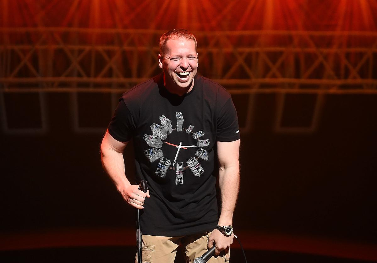 Actor/comedian Gary Owen performs onstage during the HCE Live presents Shaquille O'Neal All Star Comedy Jam at Cobb Energy Center on October 10, 2014 in Atlanta, Georgia