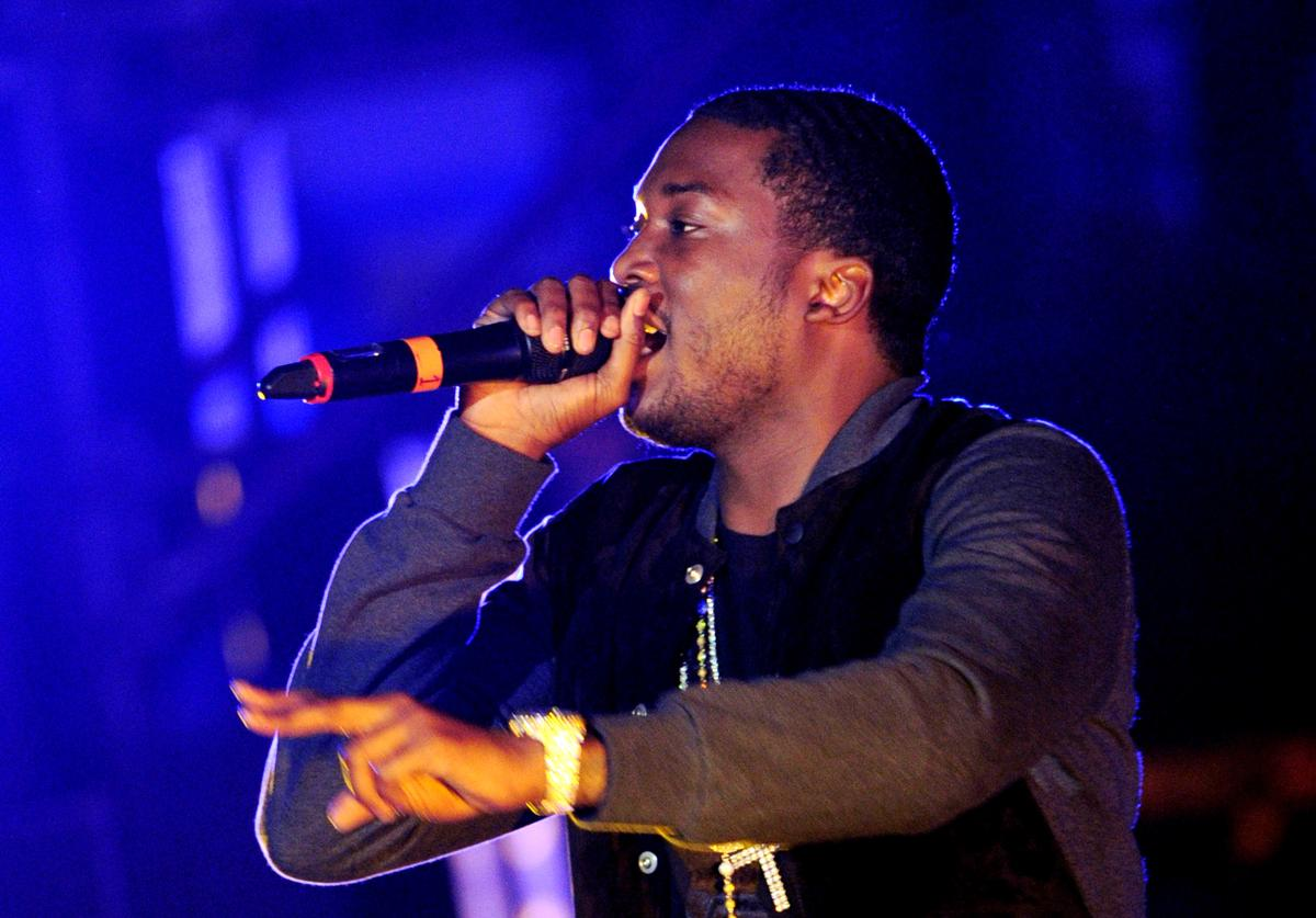 Meek Mill performs at The Verizon Wireless Amphitheatre on May 8, 2012 in Irvine, California