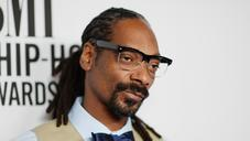 """Snoop Dogg & October London Will """"Go On"""" In New Video"""