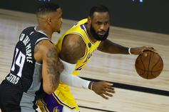 LeBron James Hilariously Sneaks Food Onto Lakers Bench