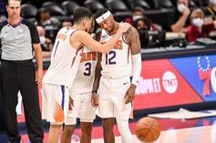 Chris Paul & Devin Booker Swarmed By Suns Fans Upon Return To Phoenix