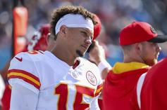 Patrick Mahomes Exits Game After Ugly Knee To The Head
