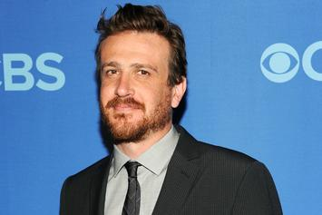 Comedian Eats Picture Of Jason Segel Everyday Until Jason Segel Returns Favor