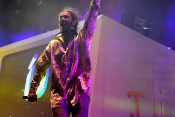 "Post Malone's Debut Album ""Stoney"" Goes Platinum"