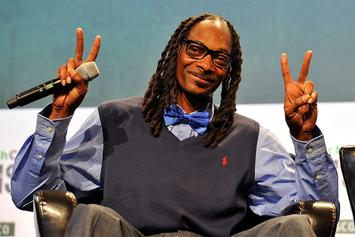 Snoop Dogg Surprises Jimmy Kimmel With Check For Children's Hospital