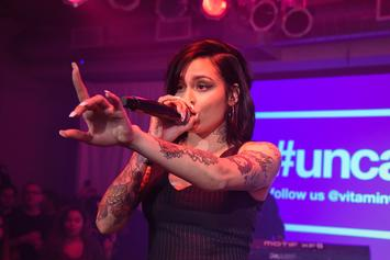"Kehlani Pulls Boss Move On Heckler Who Screamed ""Kyrie!!!"""